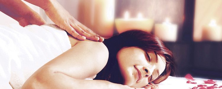 Aromatherapy Massage for Better Sleep