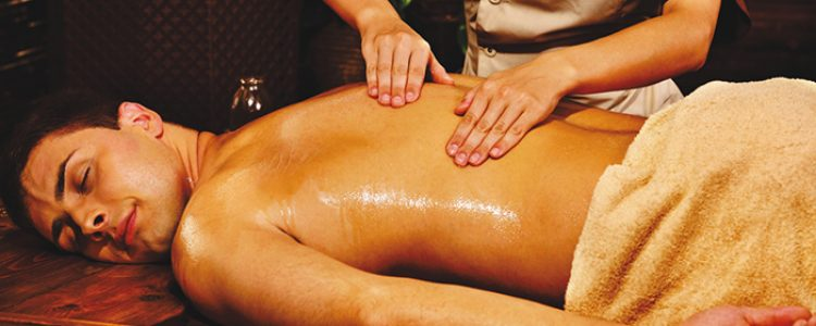 How Does Ayurvedic Massage Aid De-toxification?