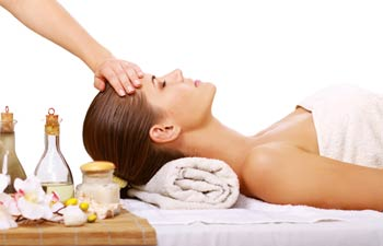 Aromatherapy Massage Reduces Anxiety